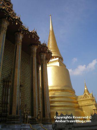 Bangkok Palace Golden Pagodas